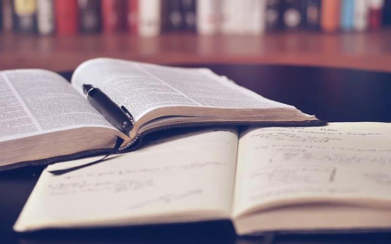 10 dicas sobre criar manuais para funcionários