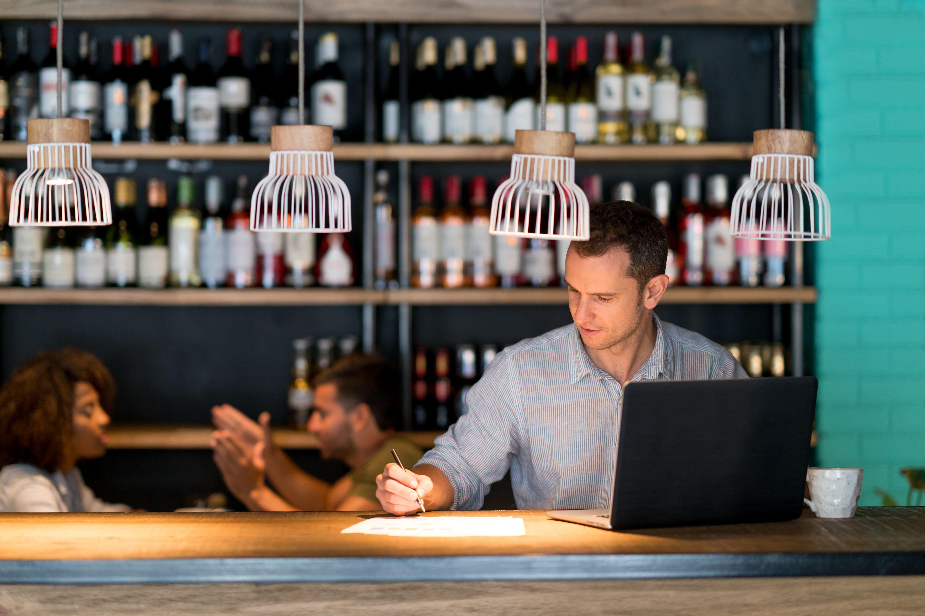 Guia completo para entender o lucro e custos do seu restaurante
