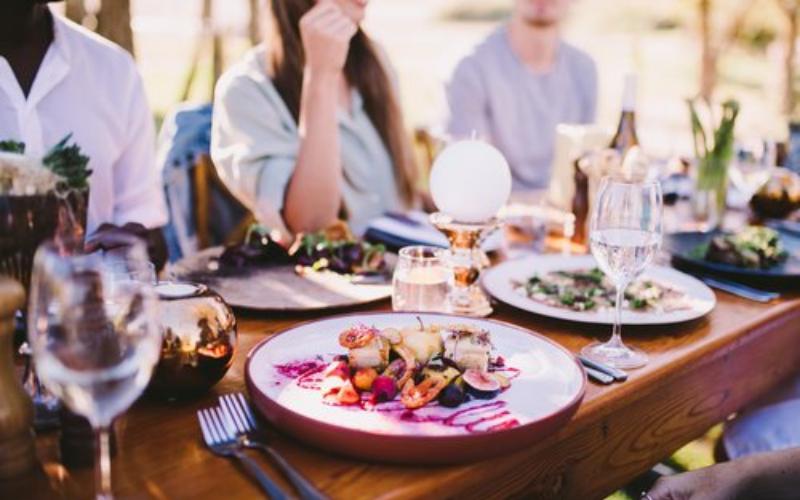 Aumentar as vendas do restaurante no início do ano com o app próprio